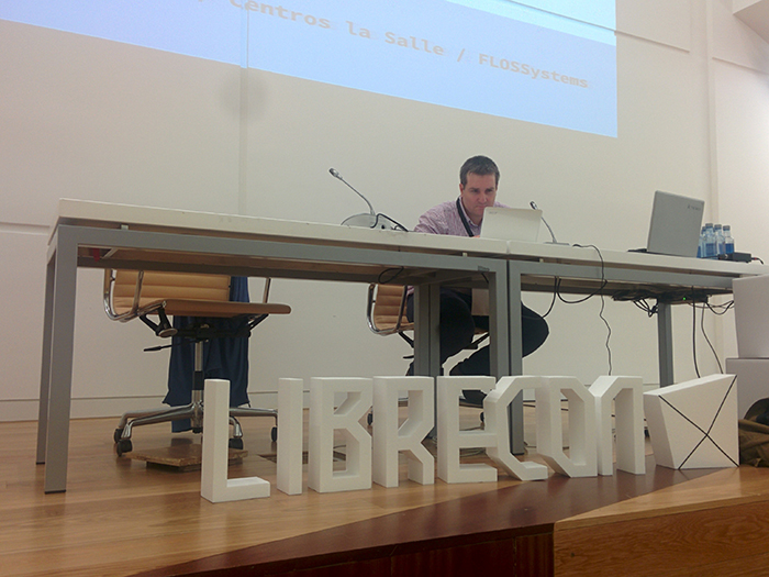 LIBRECON2WEB